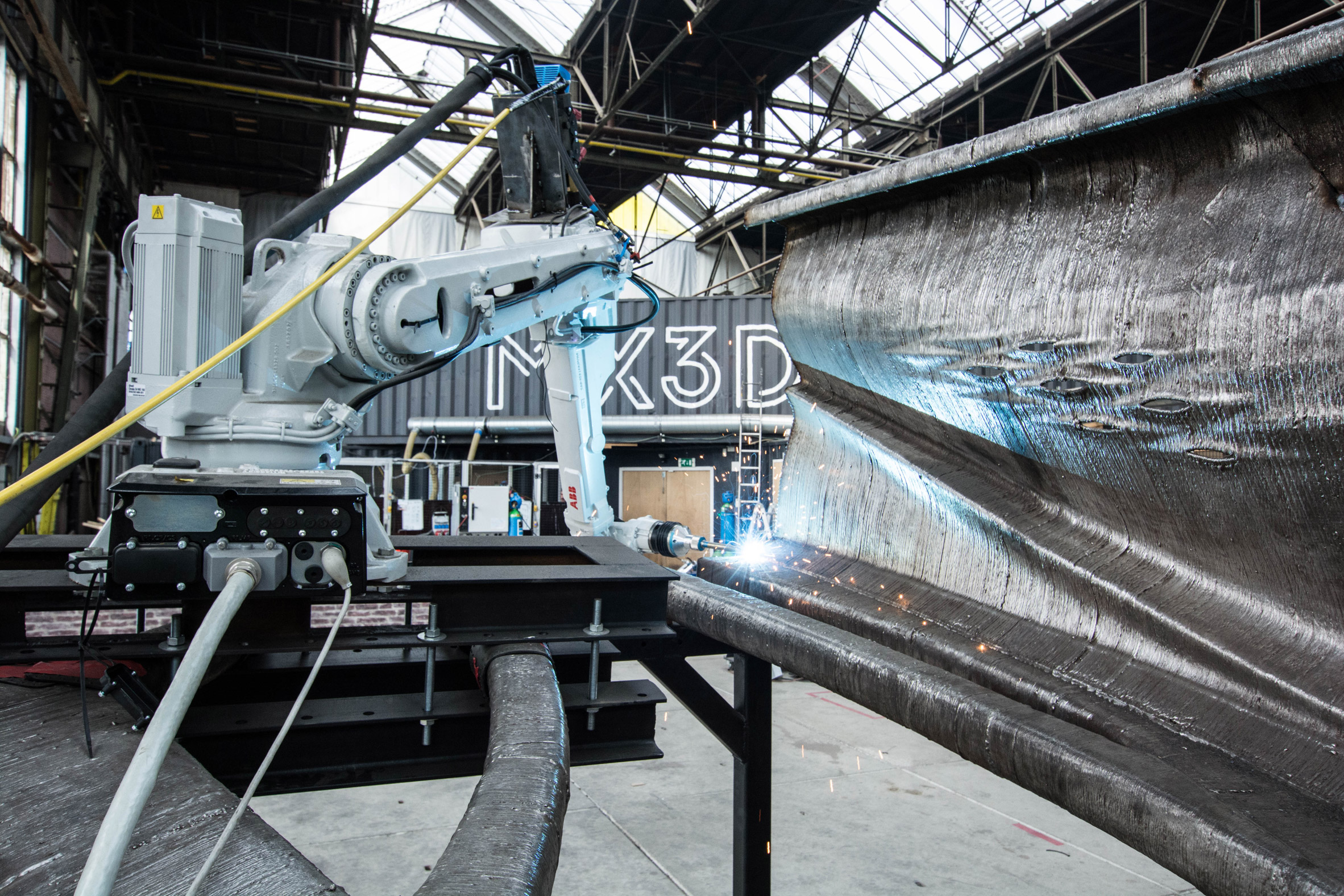mx3d-robot-printed-steel-bridge-Haasnoot-Bruggen
